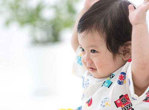 赤ちゃん 背中 湿疹